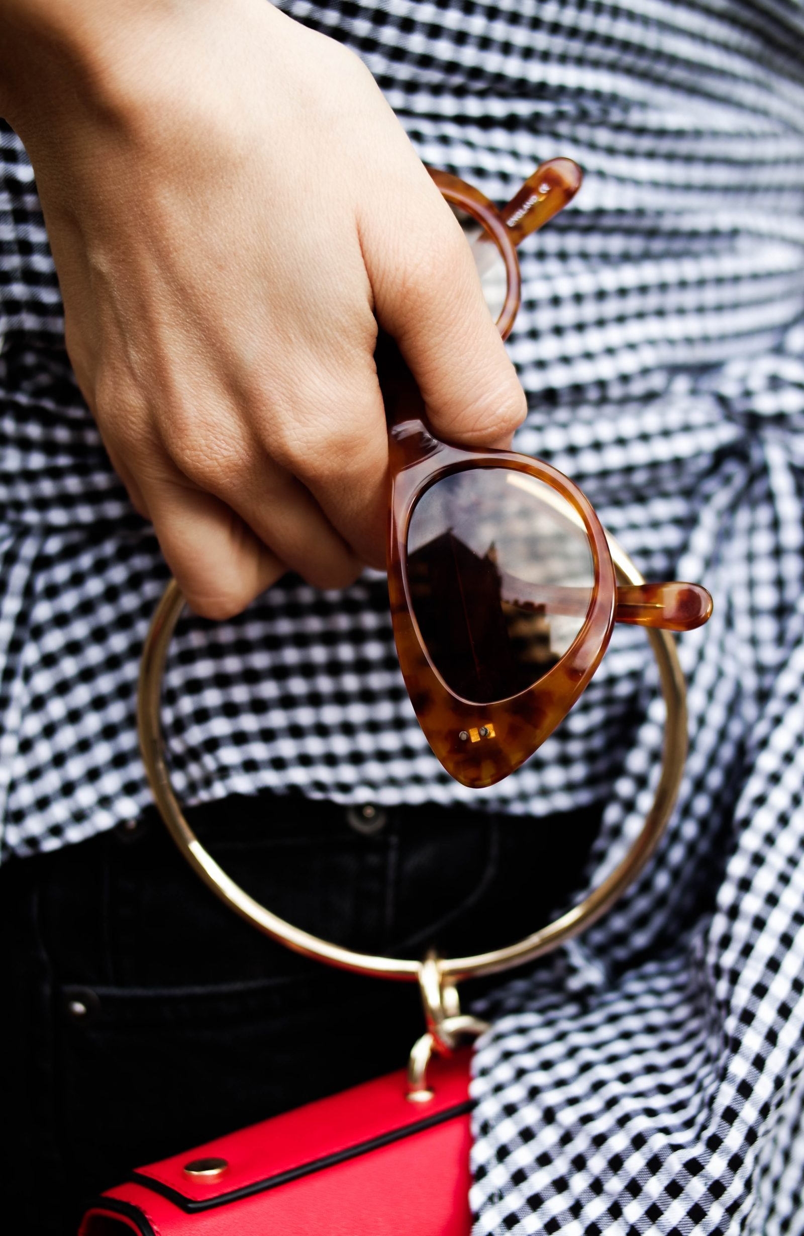 Gingham Top - Black Eyewear Cateye Sunglasses