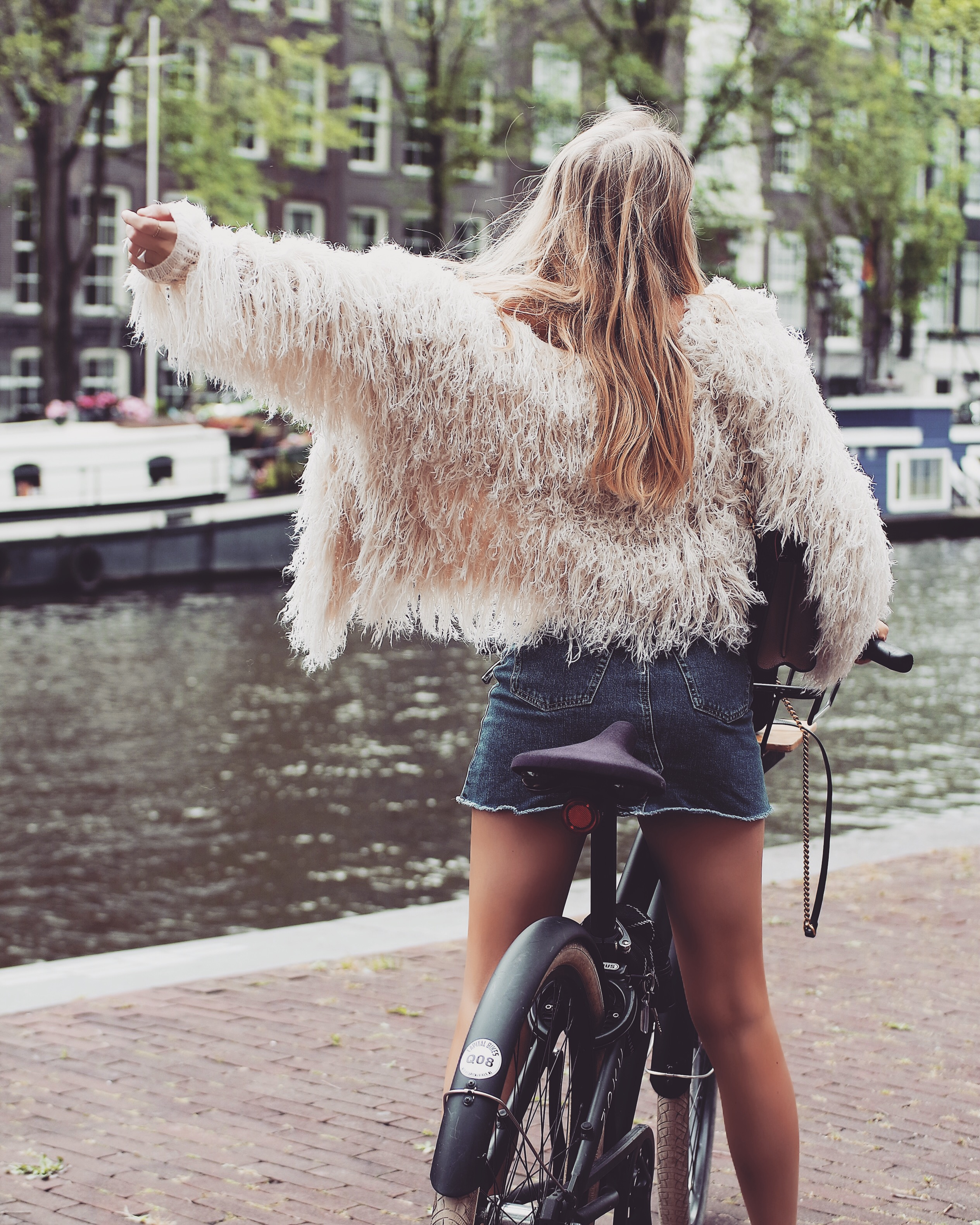 48 Hours in Amsterdam - Shaggy Knit Jacket