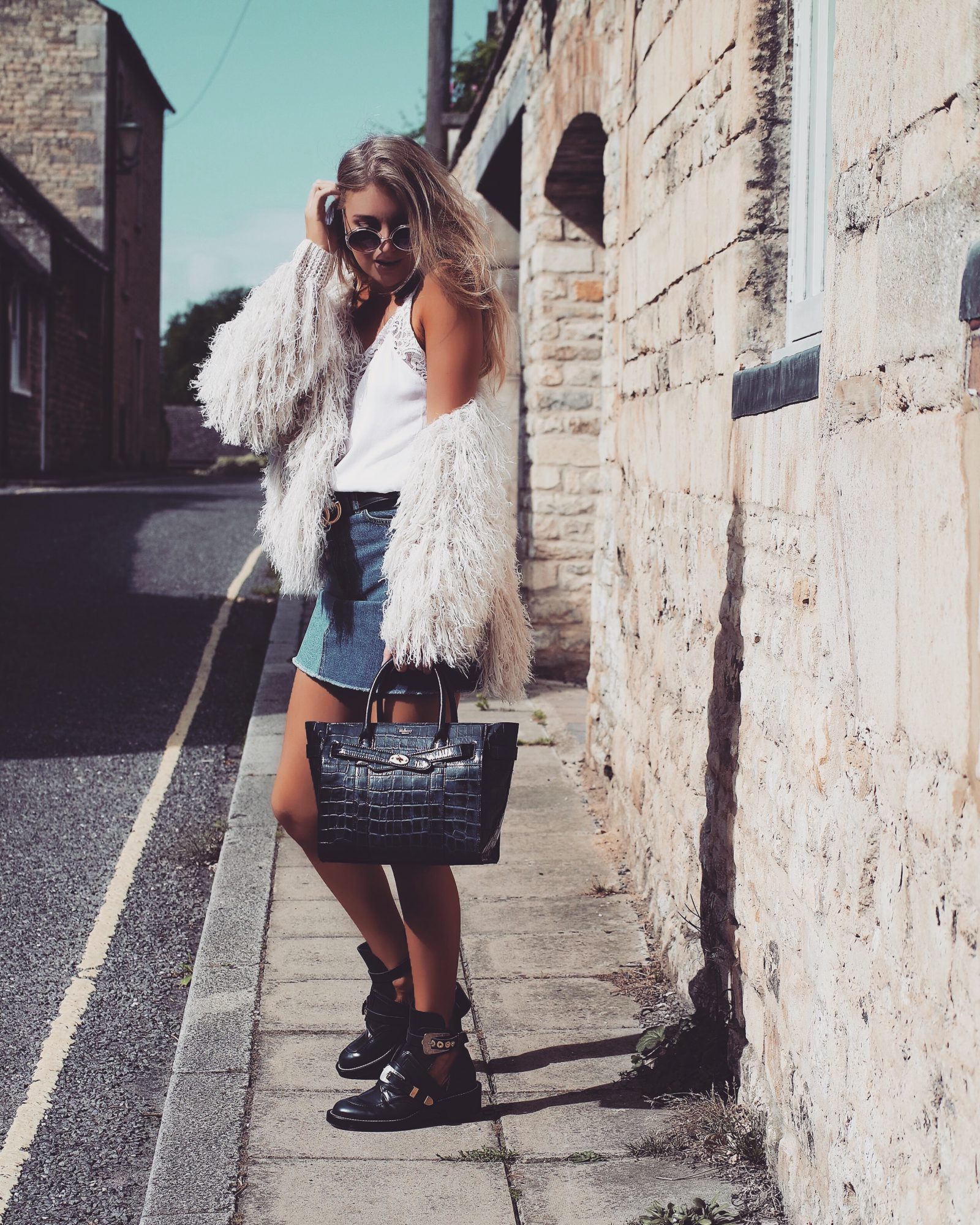Mulberry Bayswater - Shaggy Knit Street Style