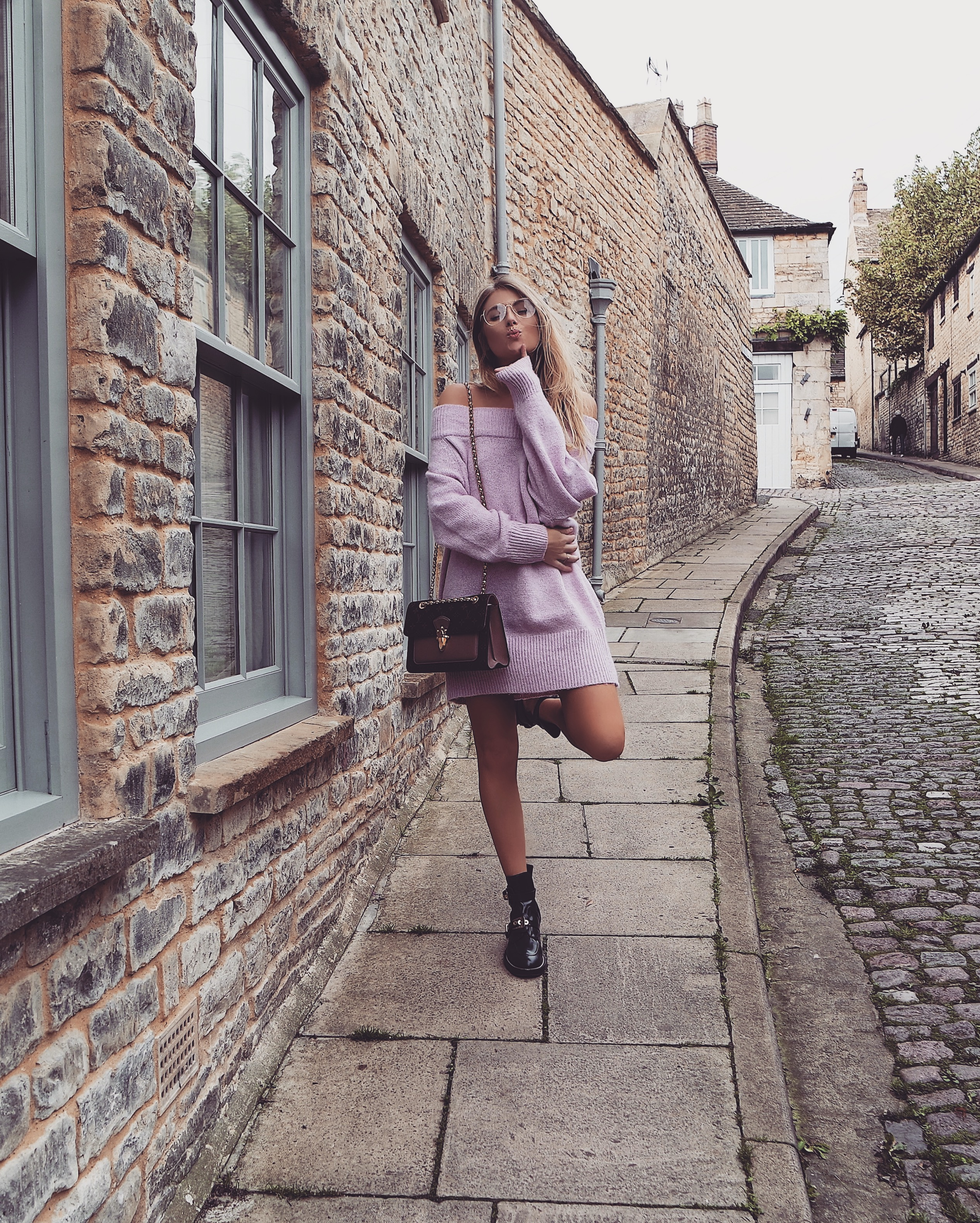Jumper Dress - Louis Vuitton Victoire - Fashon Blogger Sinead Crowe