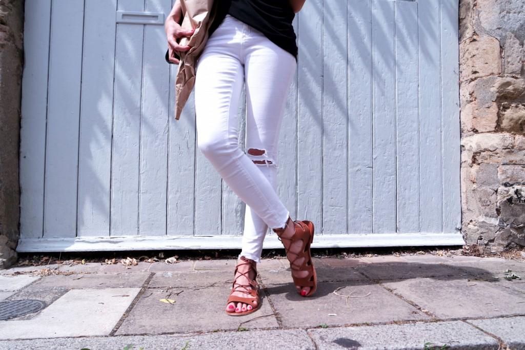 Monochrome Summer Style