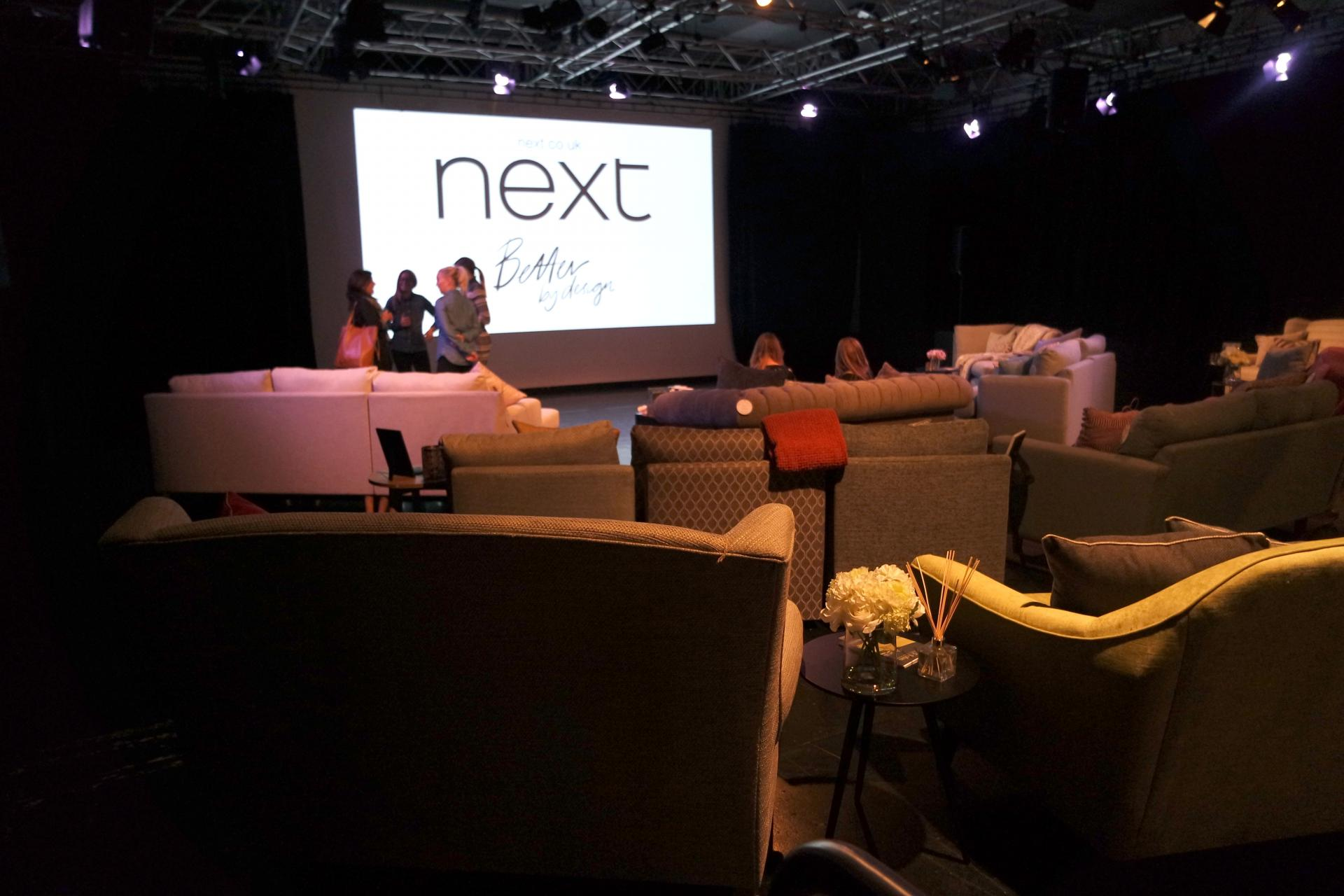 #Whatsmysofa with Next