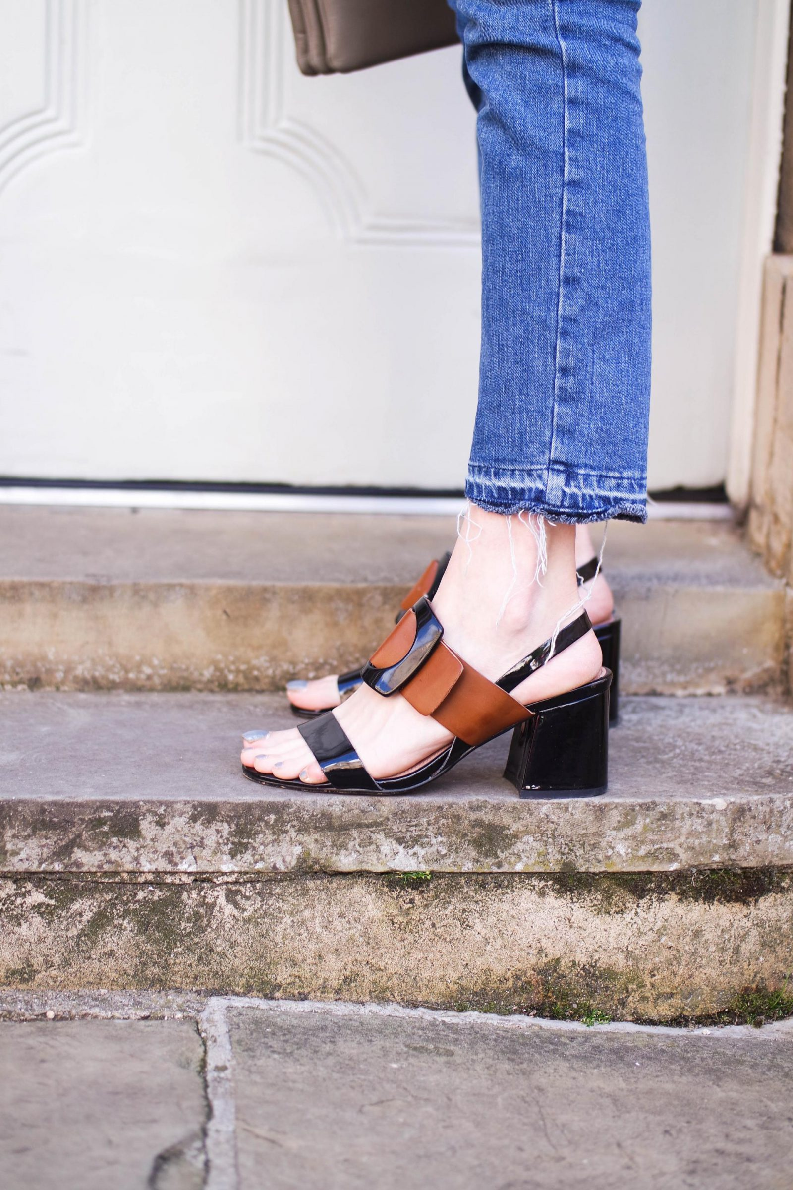 5 Statement Belts That Will Transform Your Look Sandals