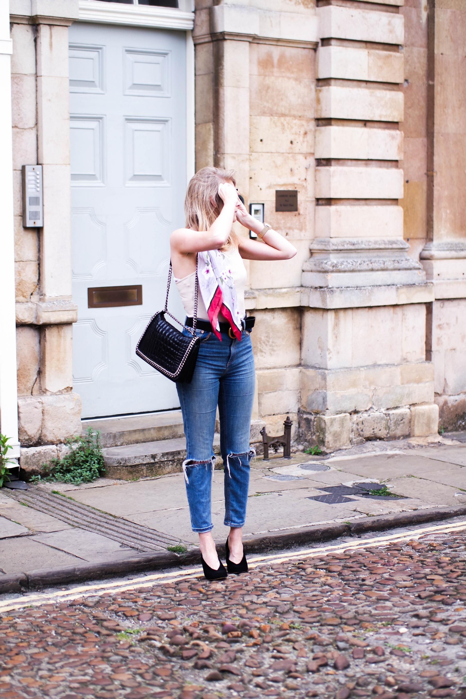4 Ways To Style The Bandana Scarf