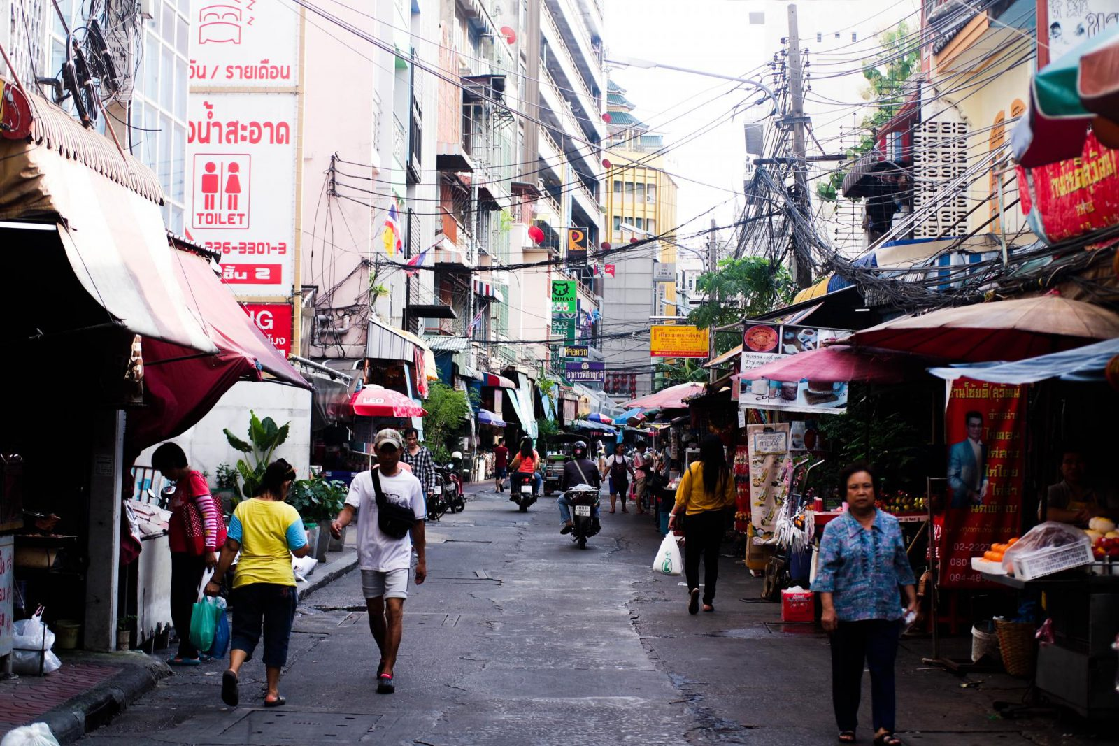 Why You Need To Visit Bangkok's Chinatown