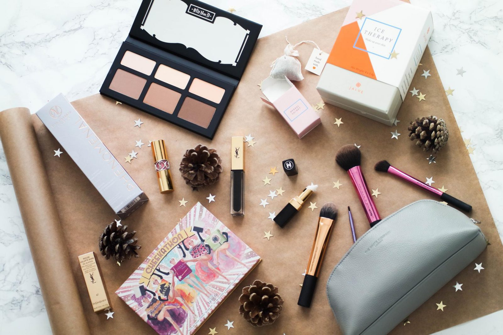 How To Nail Gifting For Her This Christmas For The Beauty Lover