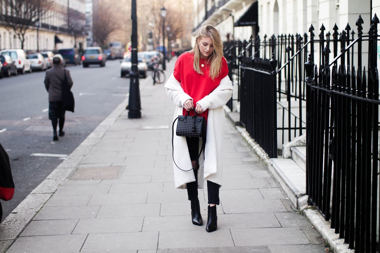 LFW DAY 2 - Red Alert - Blogger Street Style