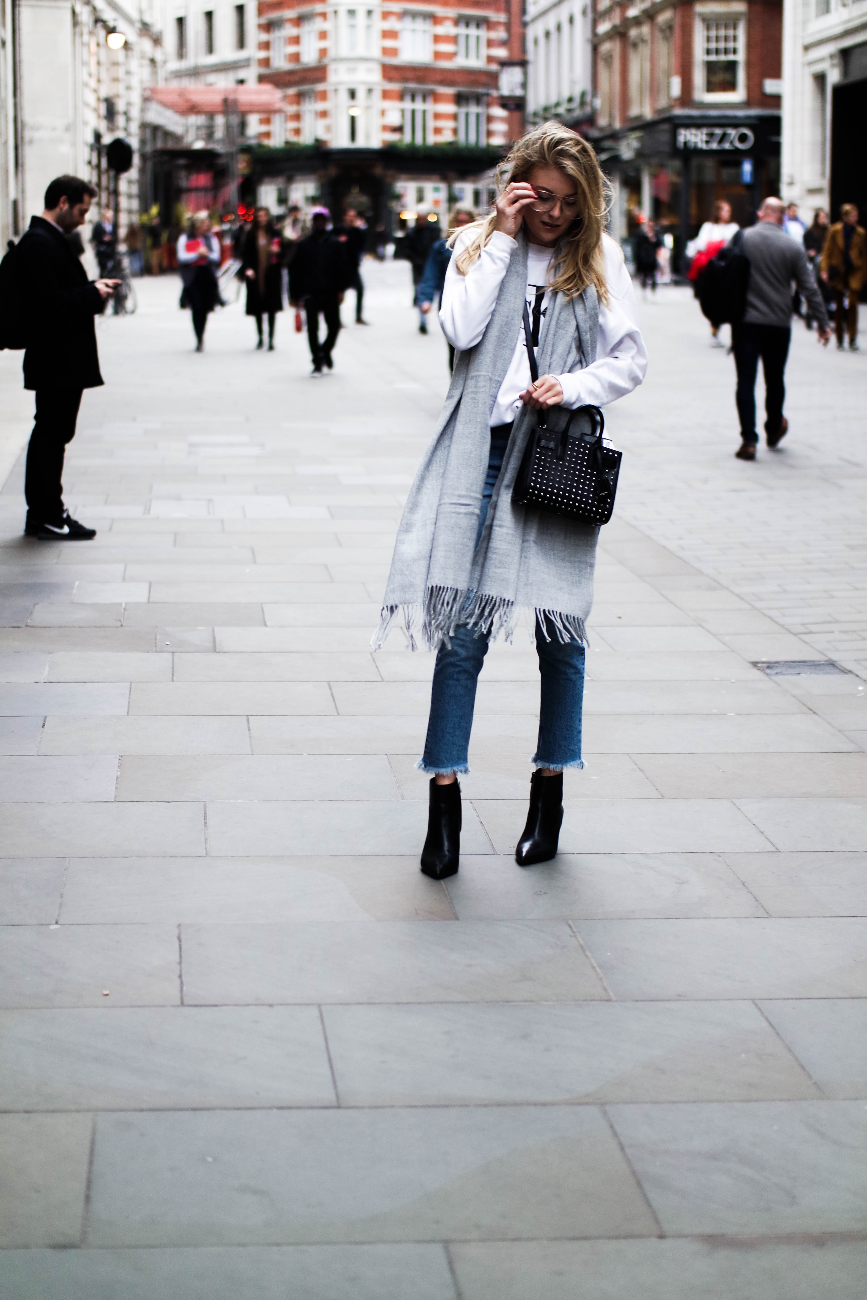 LFW Day 4 Comfy & Casual - Blogger Street Style