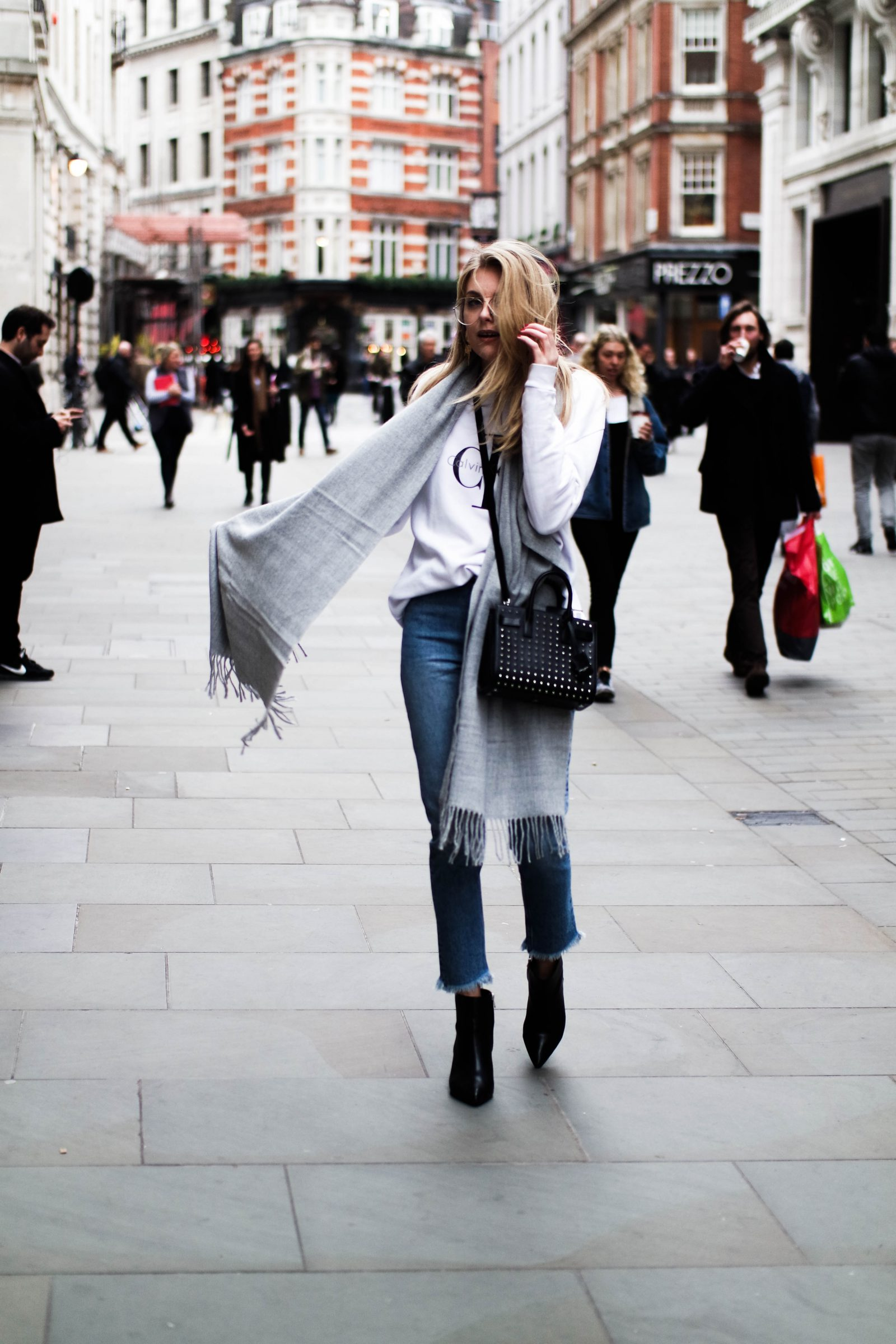 LFW Day 4 Comfy & Casual - Fashion Blogger Style