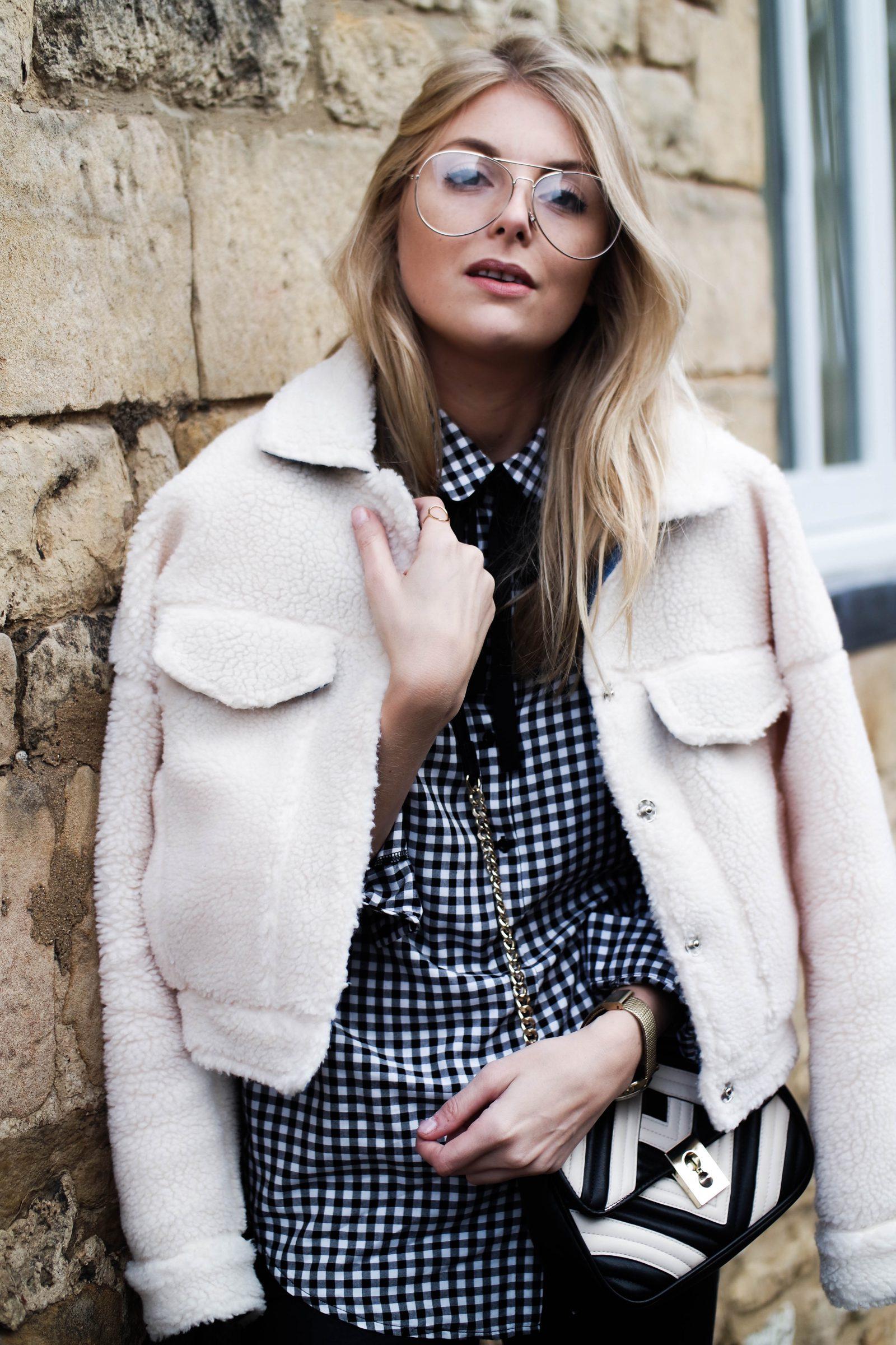 Monochrome 2 Ways With-Laura Ashley Blogger Street Style