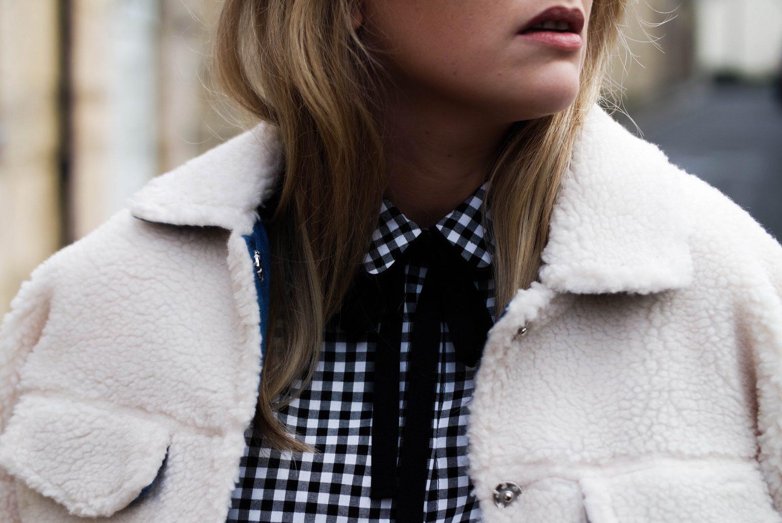 Monochrome 2 Ways With-Laura Ashley Neck Tie