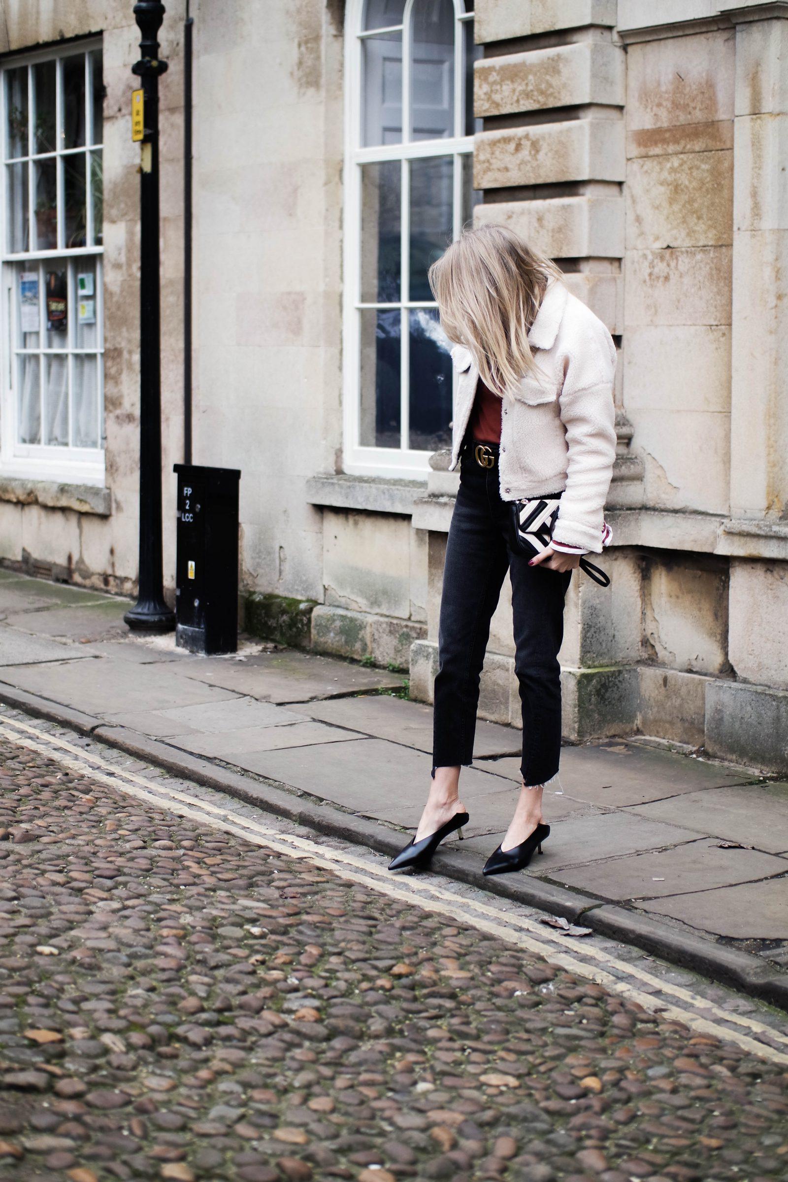 The Return of The Kitten Heel - Fashion Blogger