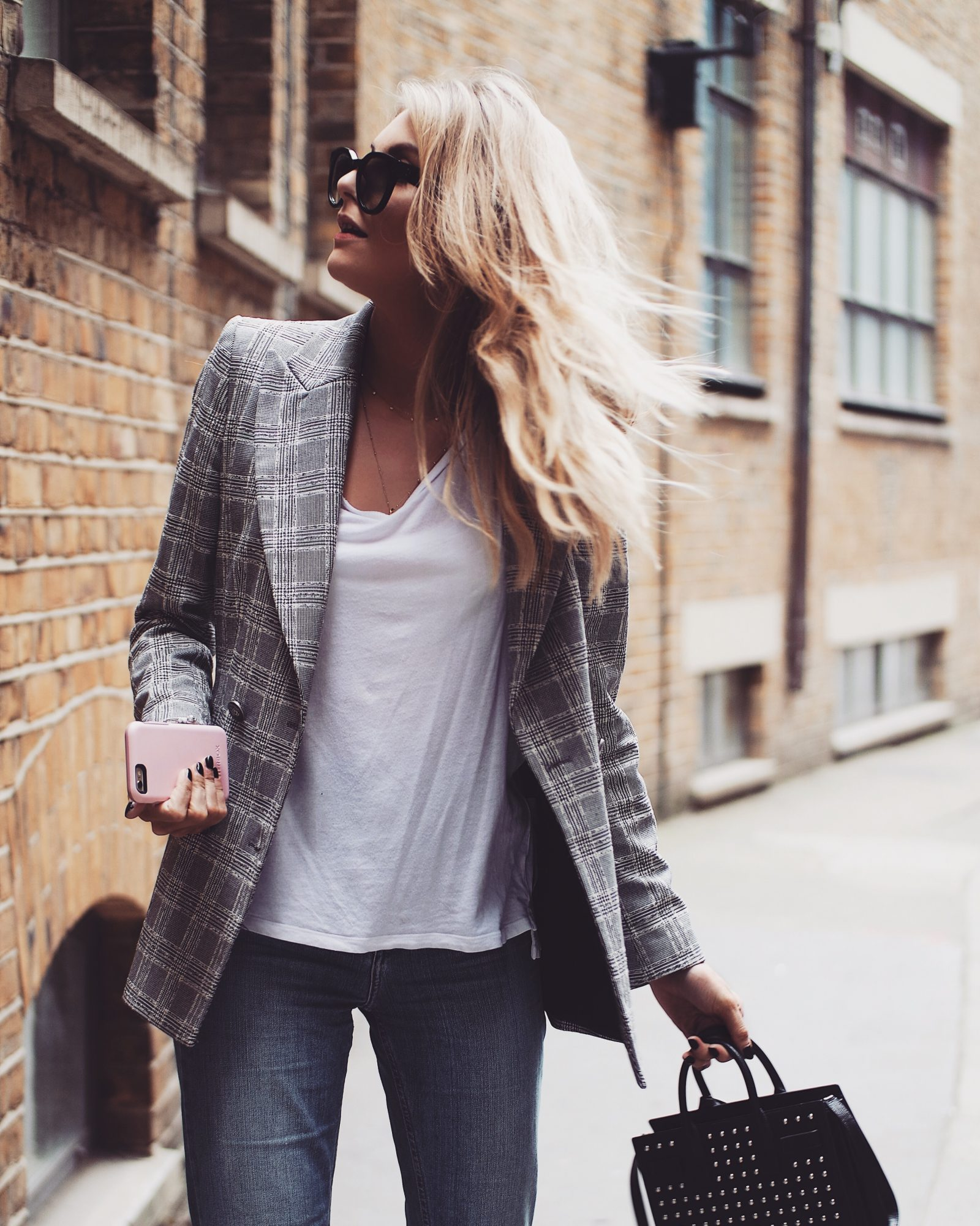3 Apps to Increase Page Views - Street Styling