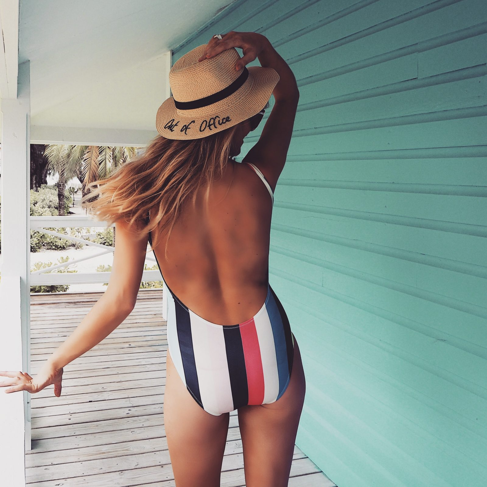 Otterbox Out Of Office Straw hat