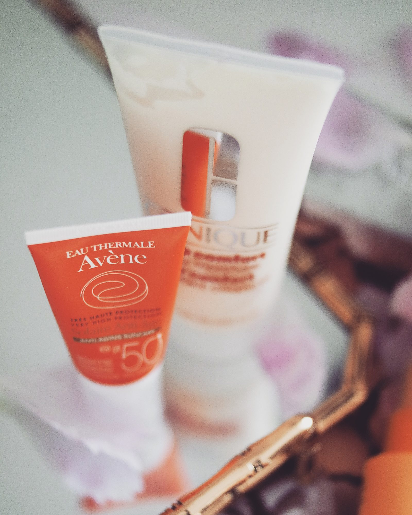 Travel Beauty Essentials - Face Beauty Products. Avene Anti Wrinkle Sun Cream