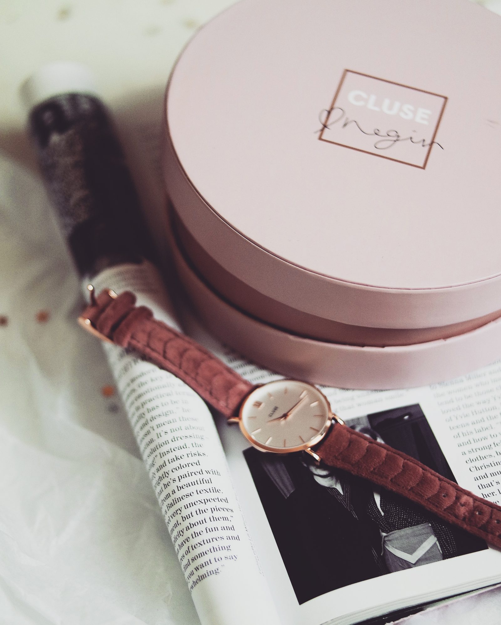 Gift guide for her - Cluse Negin Watch
