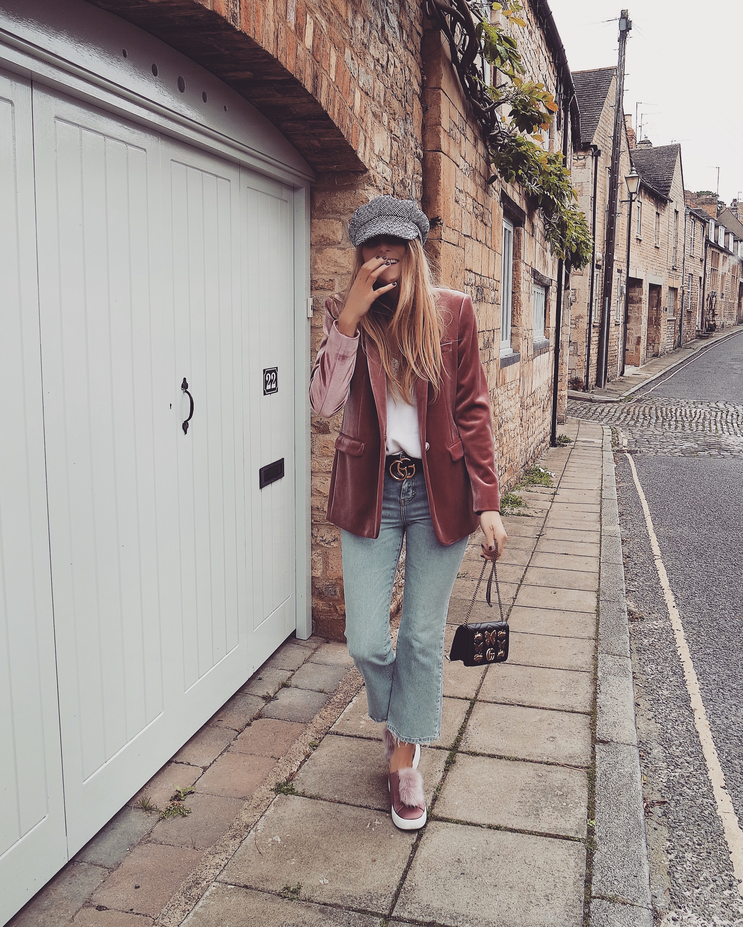 Why I Fell For The Pink Velvet Blazer Love Style Mindfulness Fashion Personal Style Blog