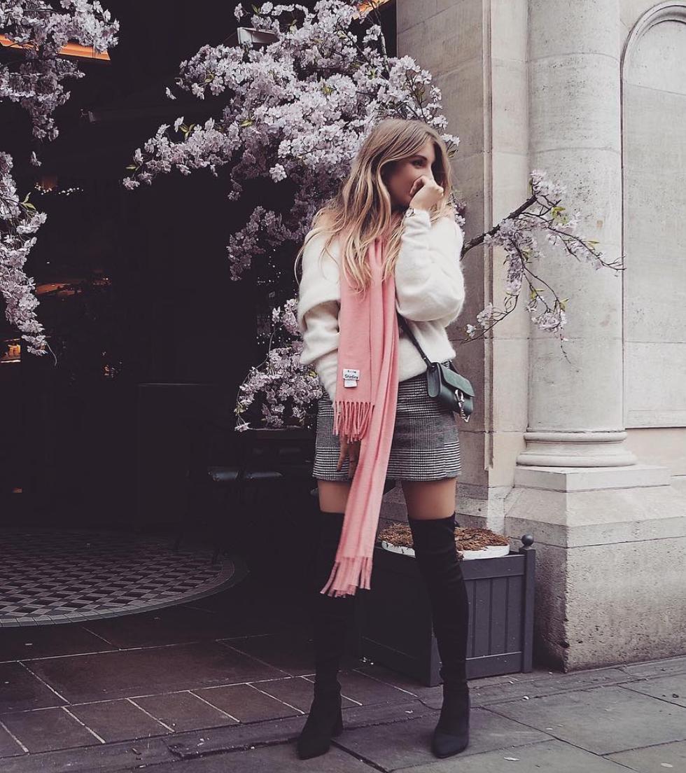 Chloe Faye Mini Styling Tips - Winter Outfit Inspiration