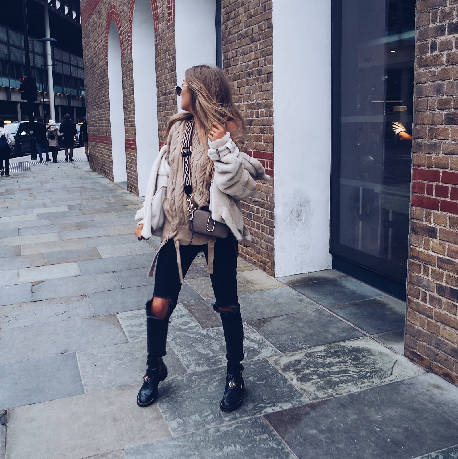 Missguided Jumper - Street Style