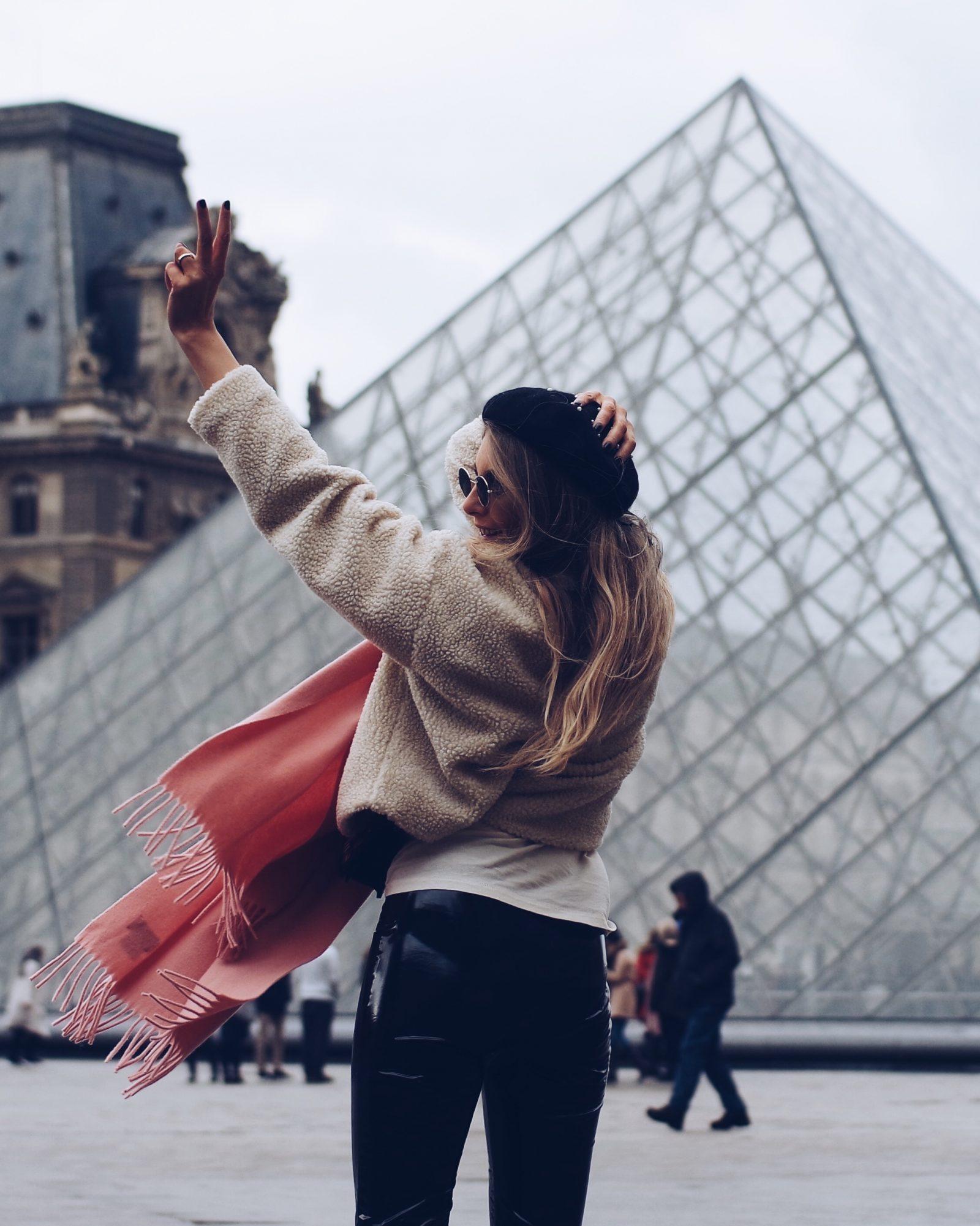 Vinyl Trousers - Paris Louvre