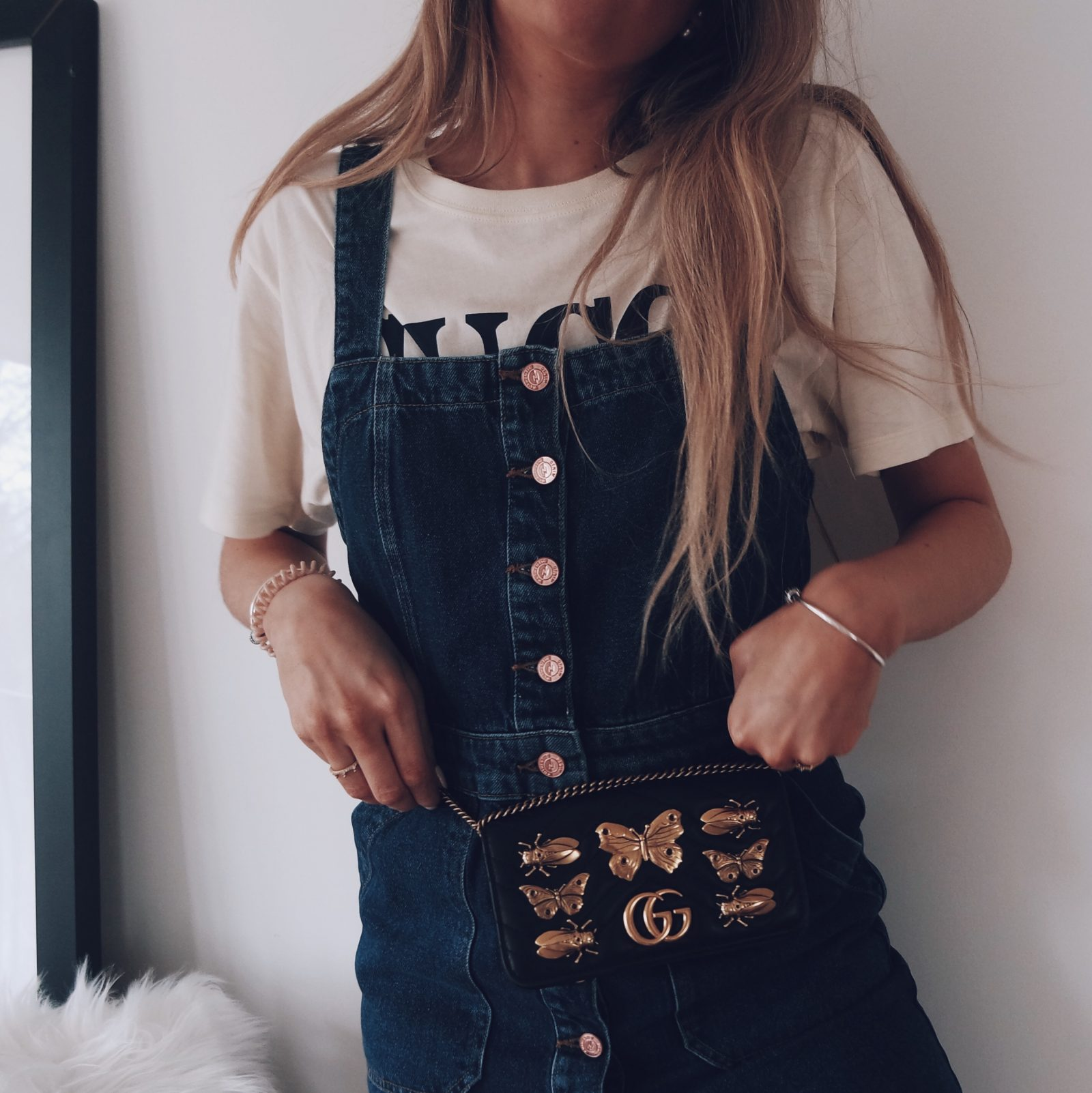 Gucci Slogan Tee Spring Outfit