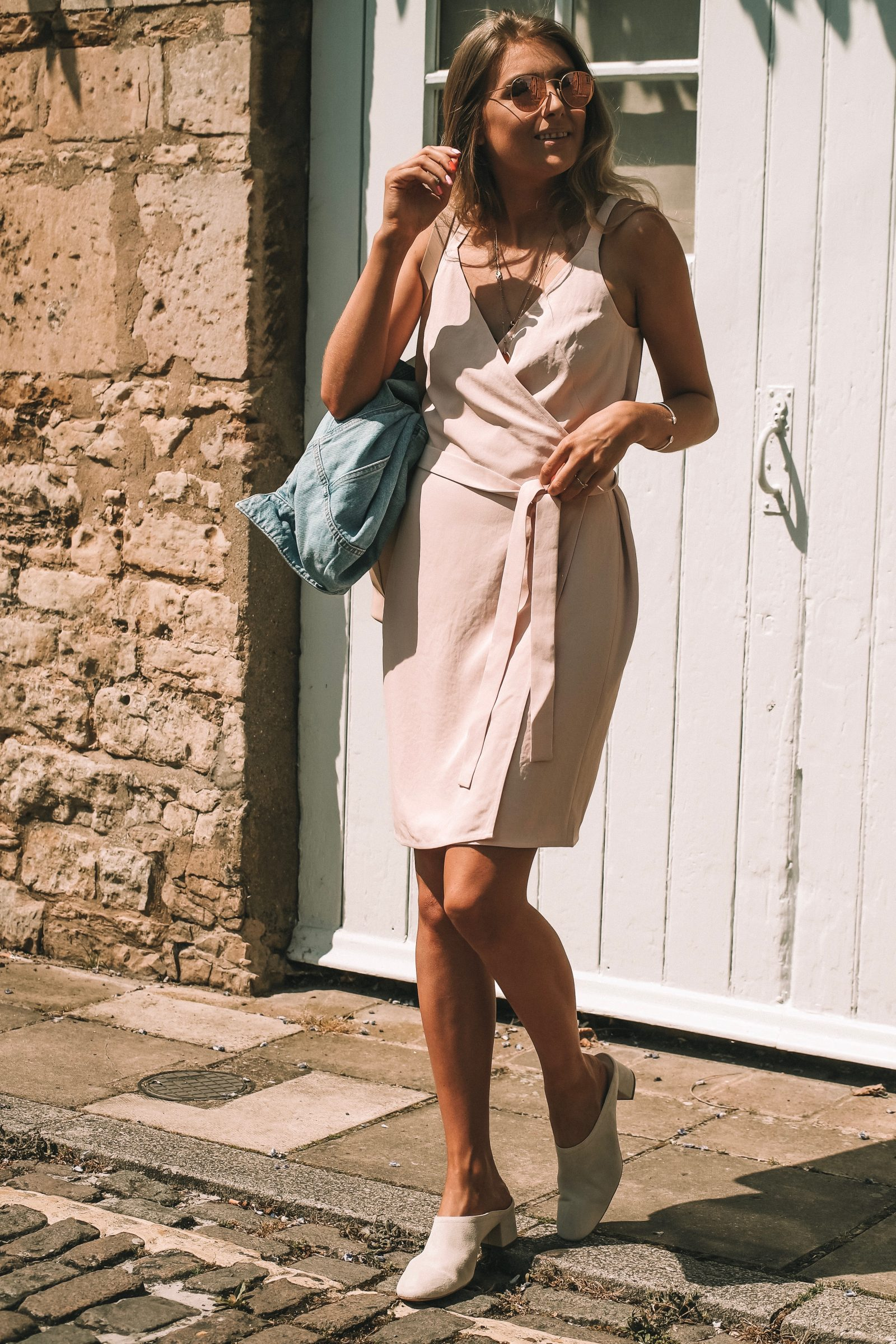 Everlane Day Market Tote - Summer Street Style - Blush Wrap Dress