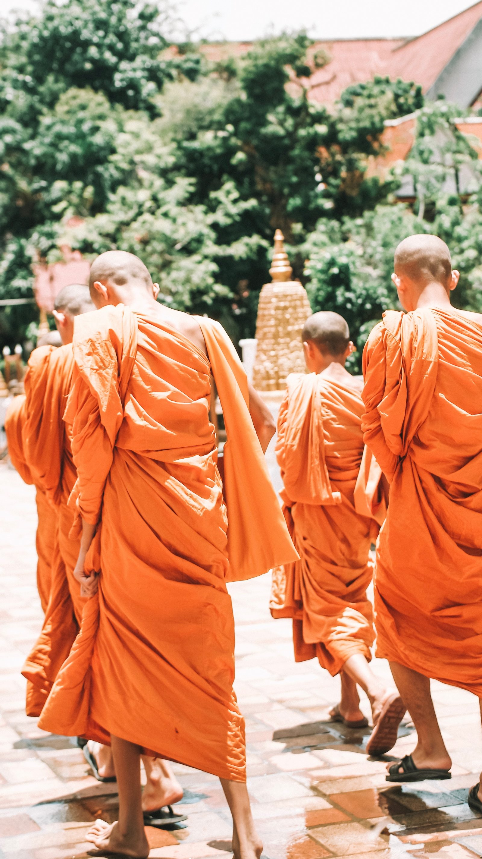 Sightseeing Outfit - Thailand Monks