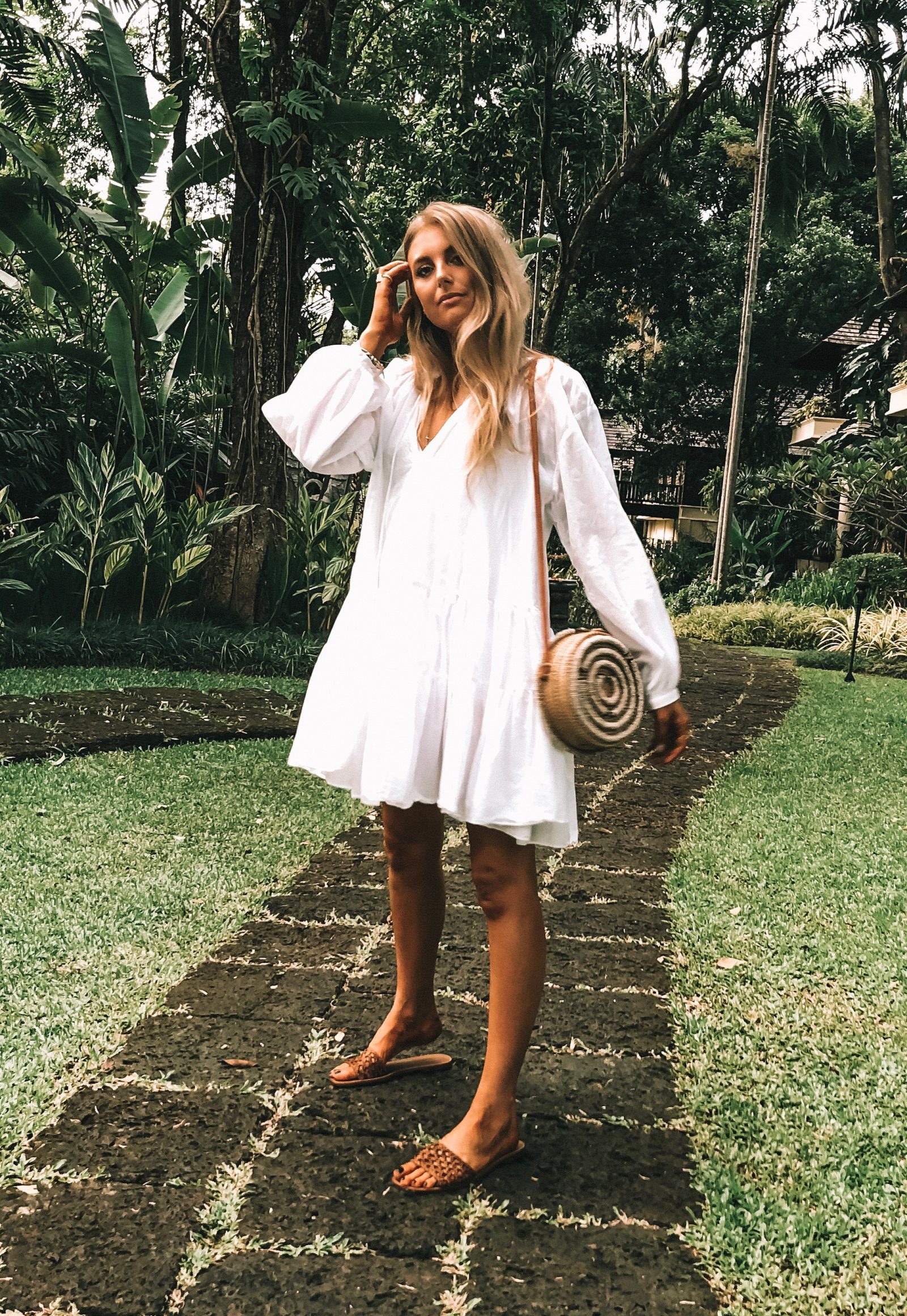 Thailand Outift Diaries - HM White Smock Dress - Chiang Mai Outfit Diaries
