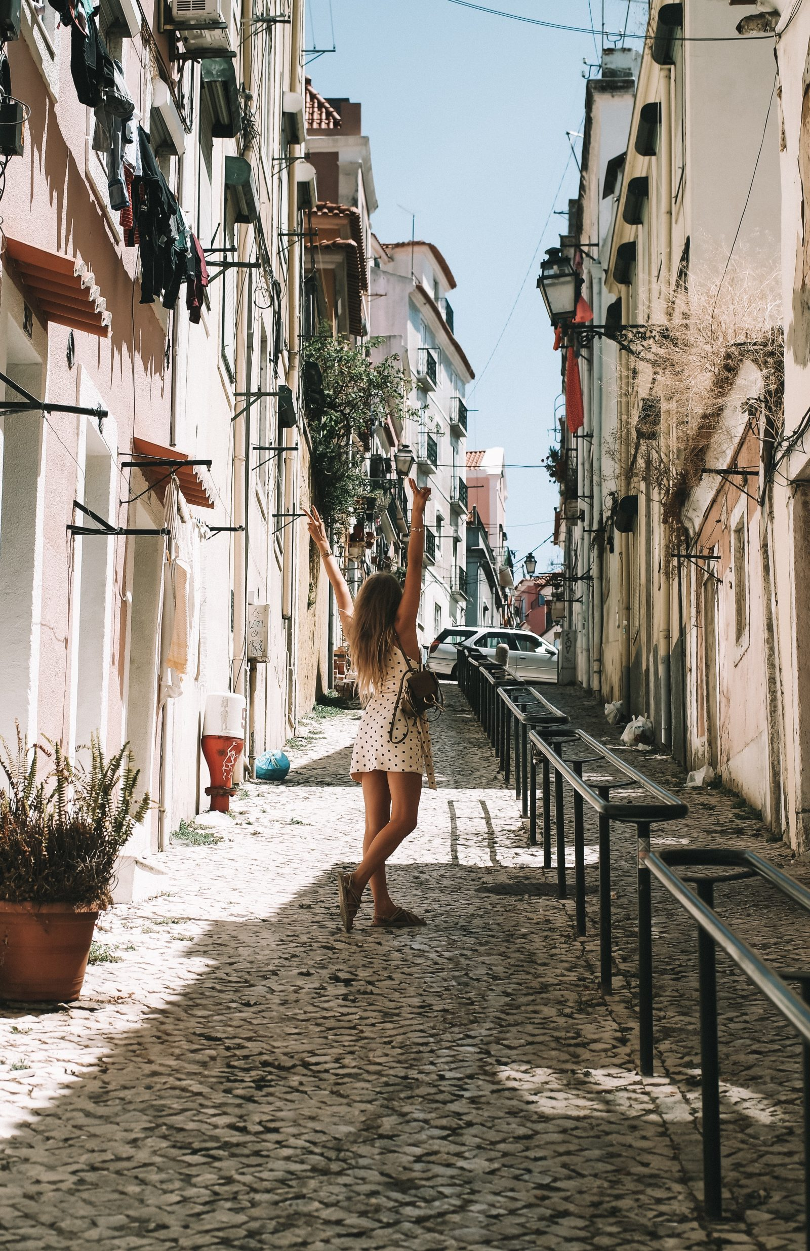 LISBON FOOD GUIDE - REVOLVE OUTFIT