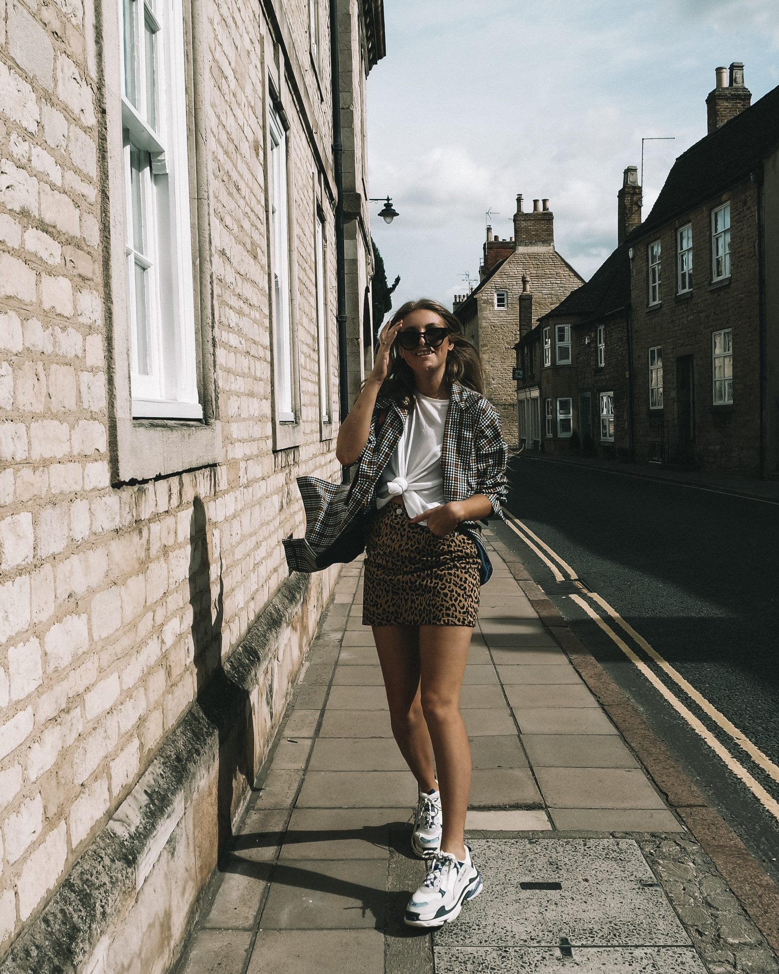 Topshop Printed Trench Coat Street Style Inspo - Sinead Crowe