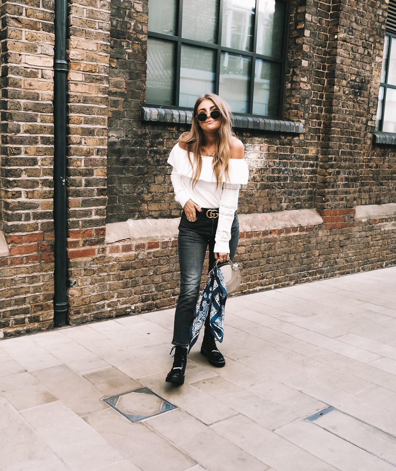 Moving To London - Lulus Outfit - Sinead Crowe