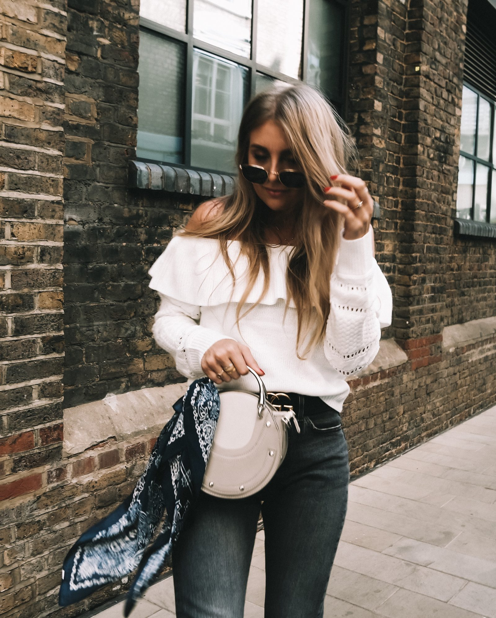 Moving To London - Lulus Outfit - Autumn Outfit Ideas - Sinead Crowe