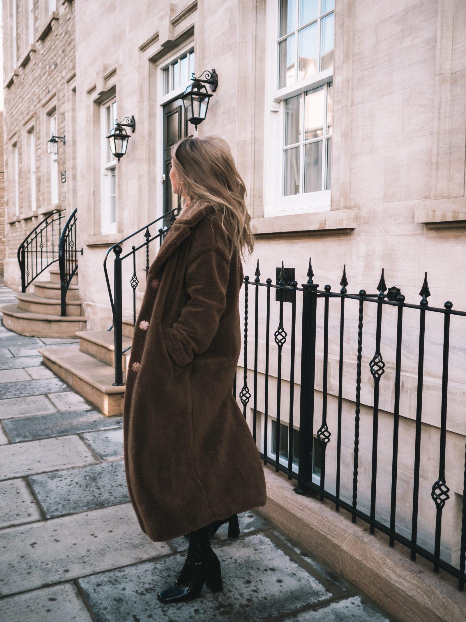 Warmest Coat - Warehouse Coat - Sinead Crowe Autumn Street Style