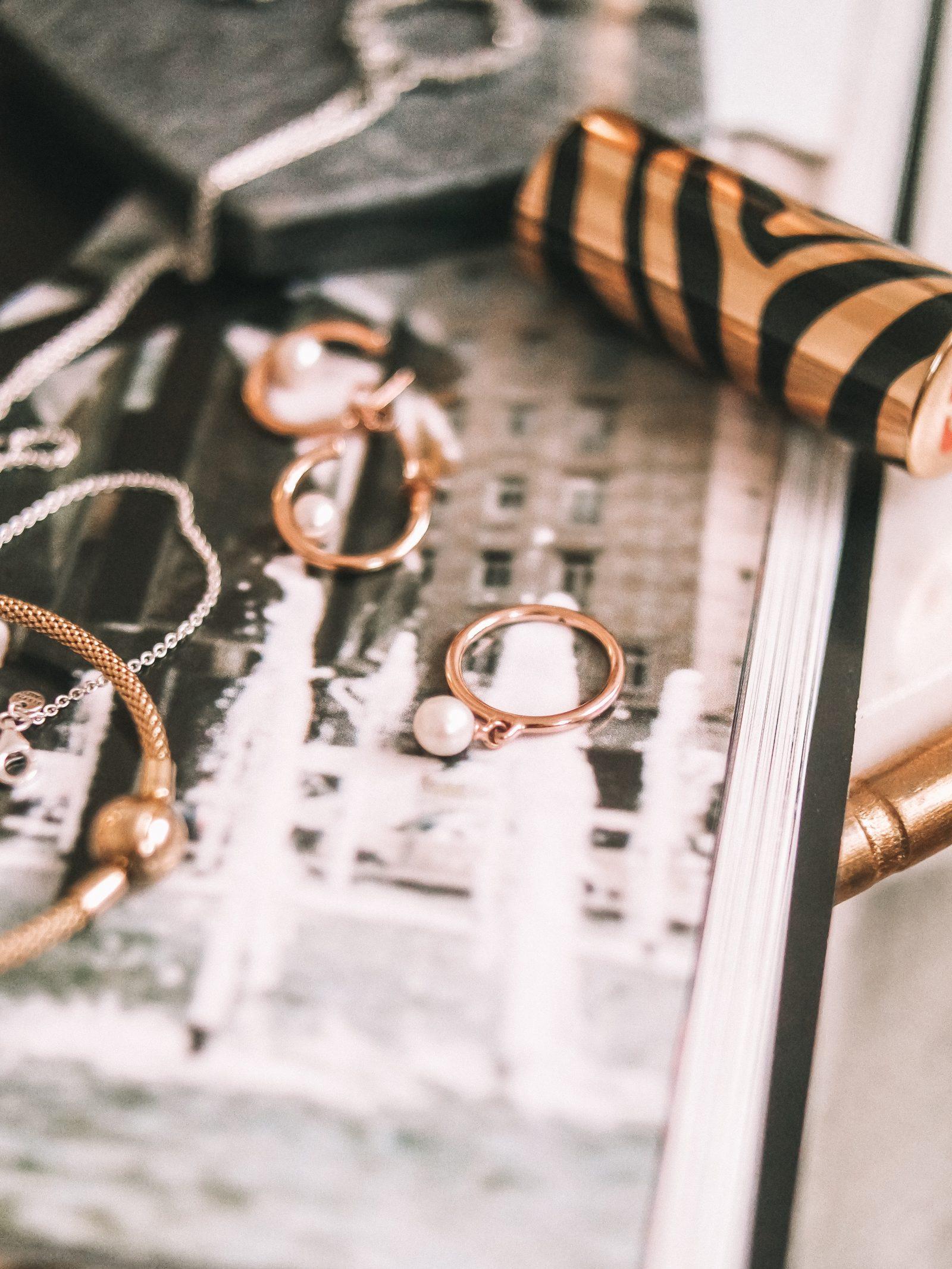 Pandora-Gift-Guide-Pandora-Pearl-Ring