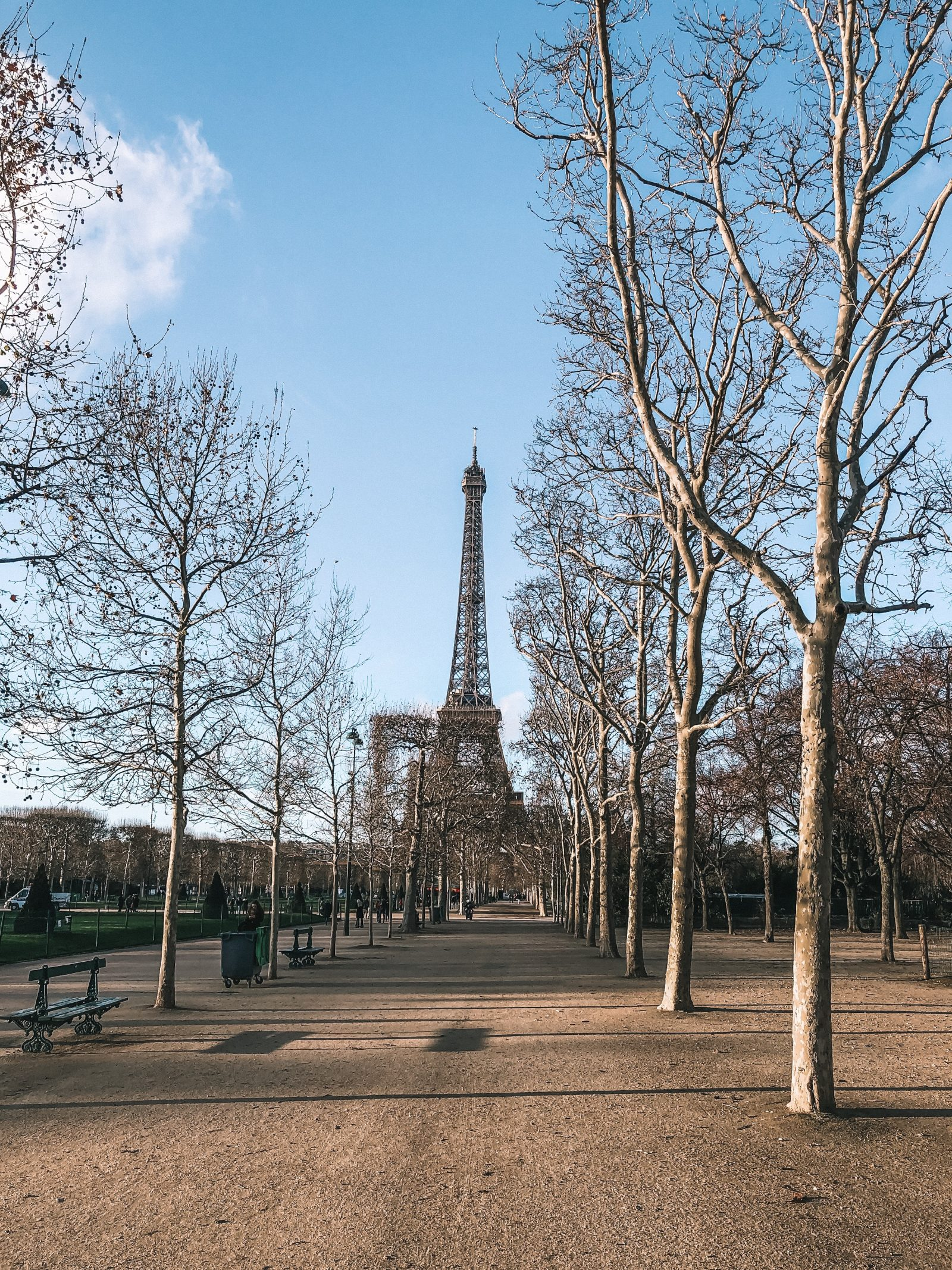 Paris City Guide - Eiffel Tower