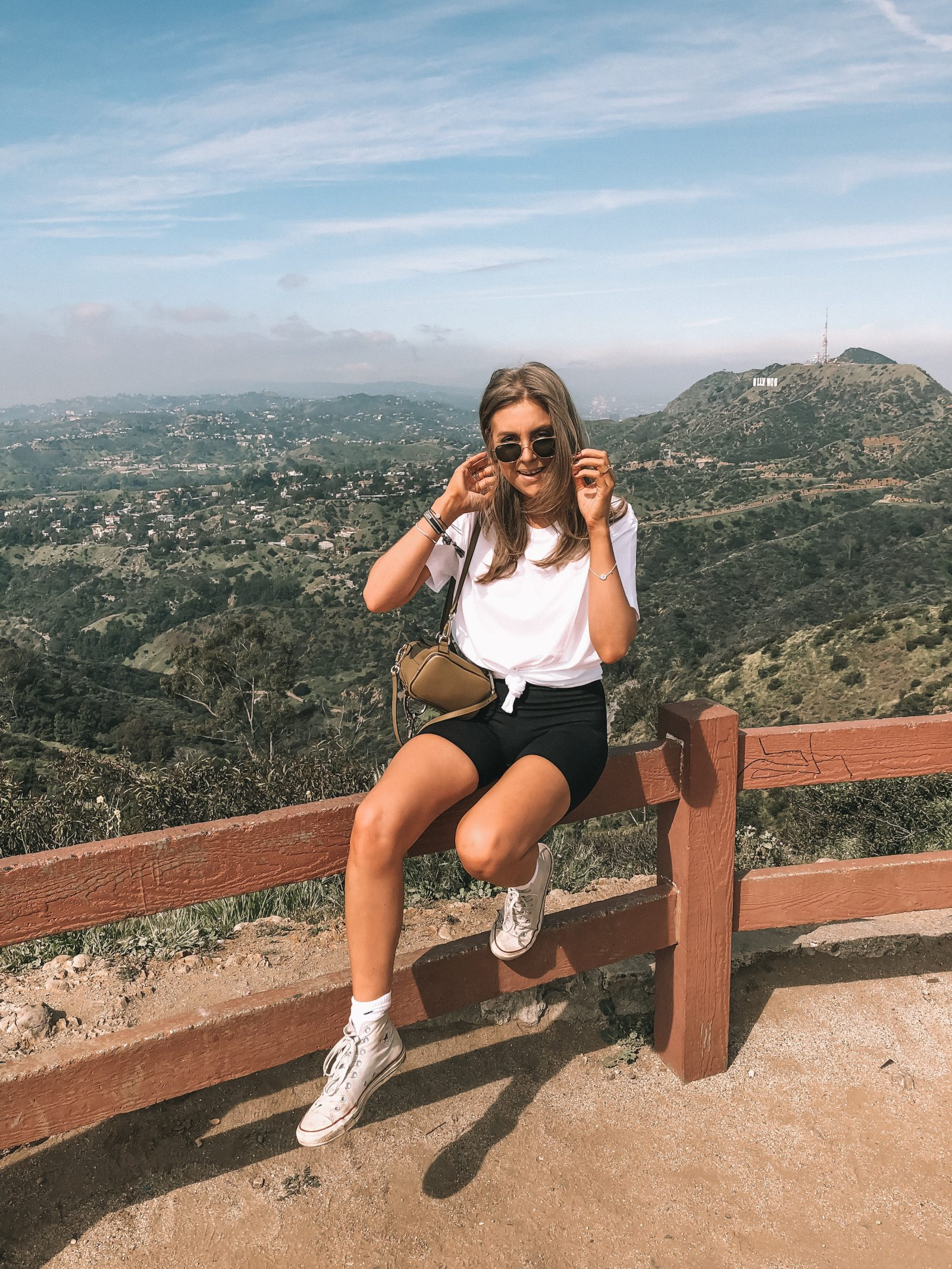 LA Hiking Outfit - Spring Outfit Idea with H&M