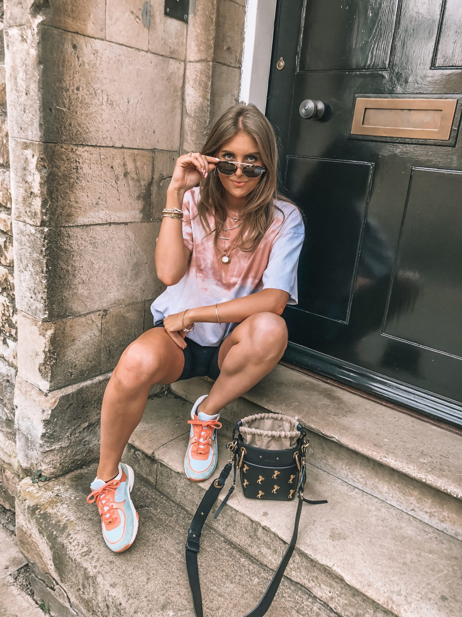 Spring street style outfit ideas for the tye dye t shirt SS19 trend