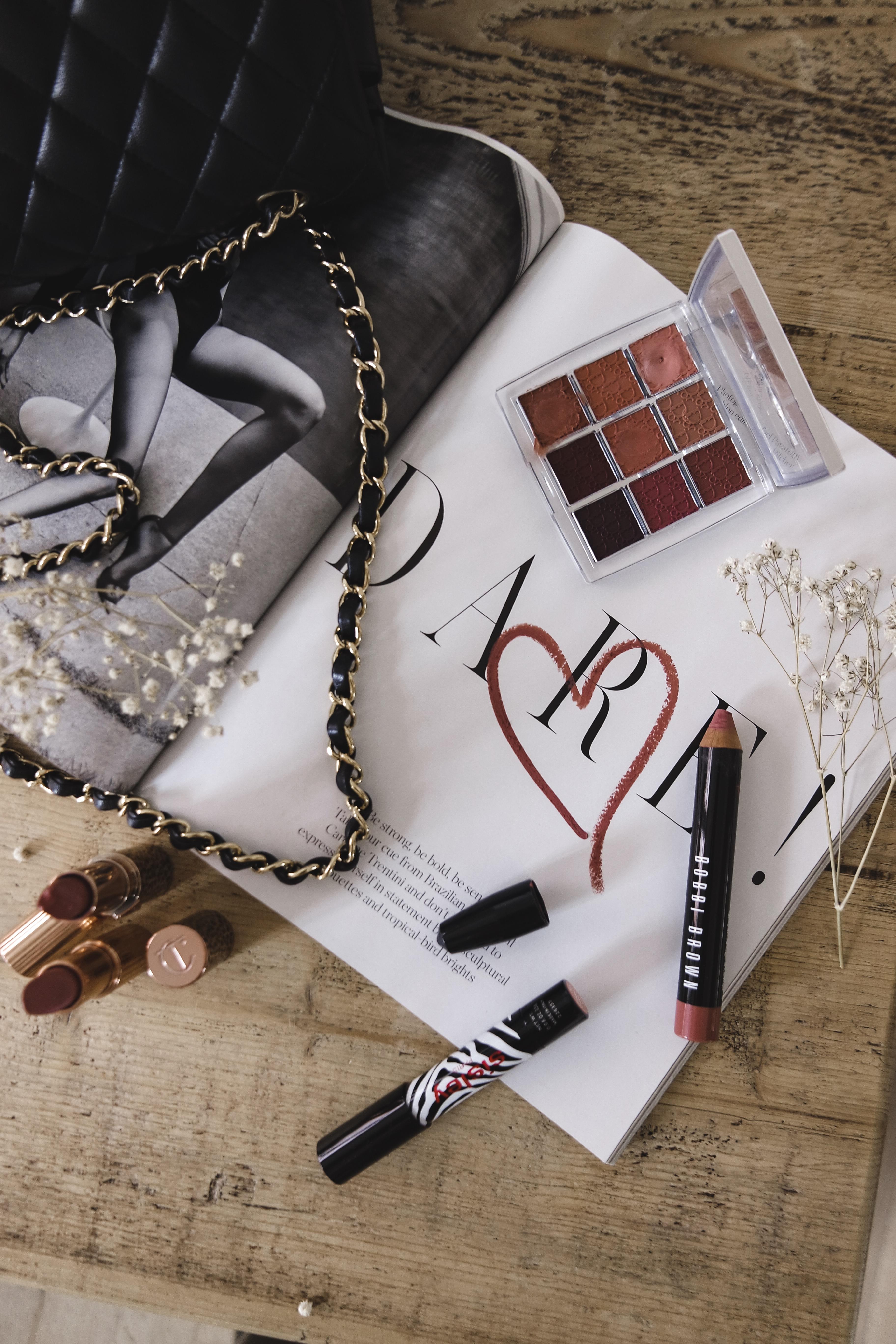 Nude Lipsticks - Beauty Flatlay