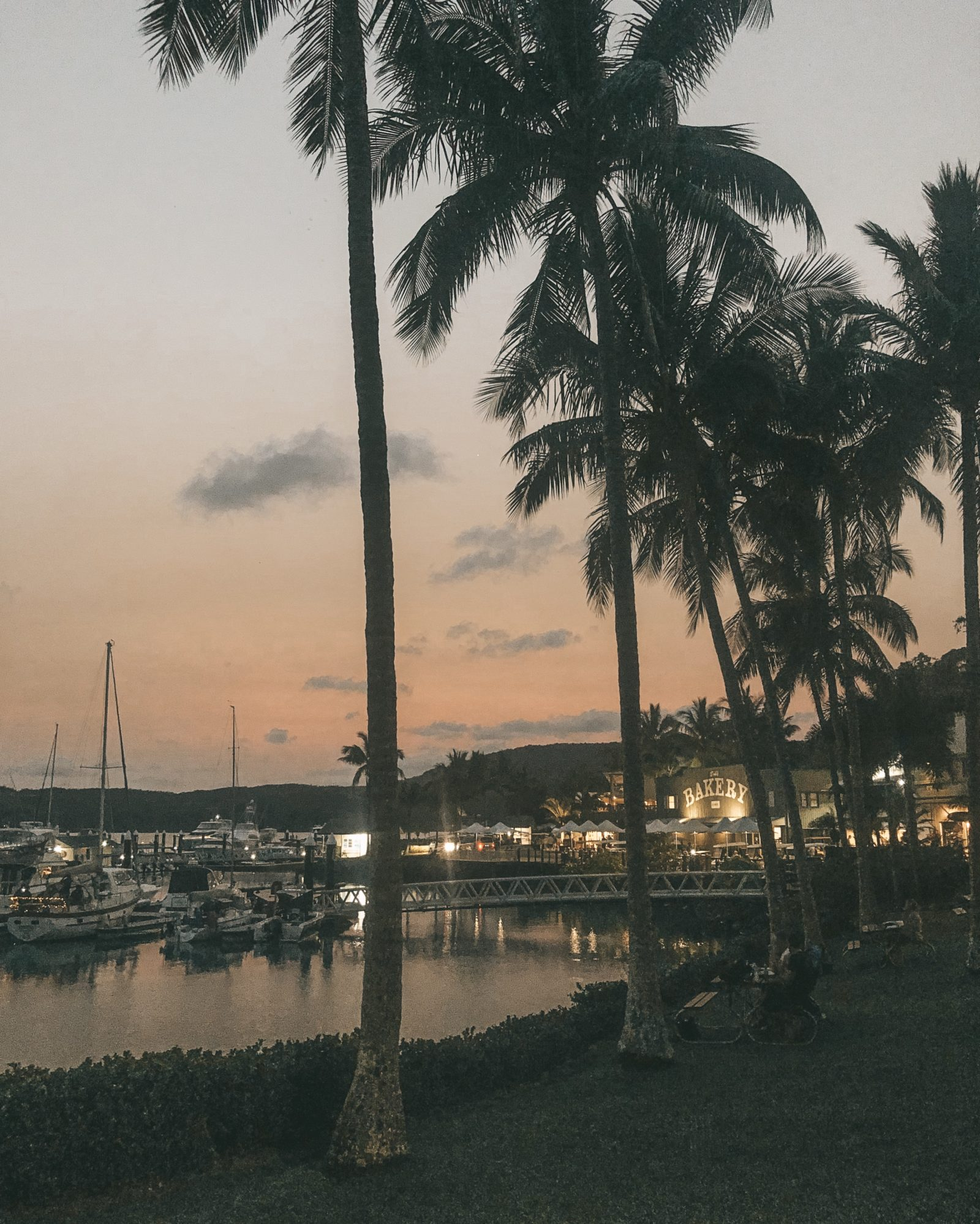 Honeymoon in Australia - Hamilton Island Sunset