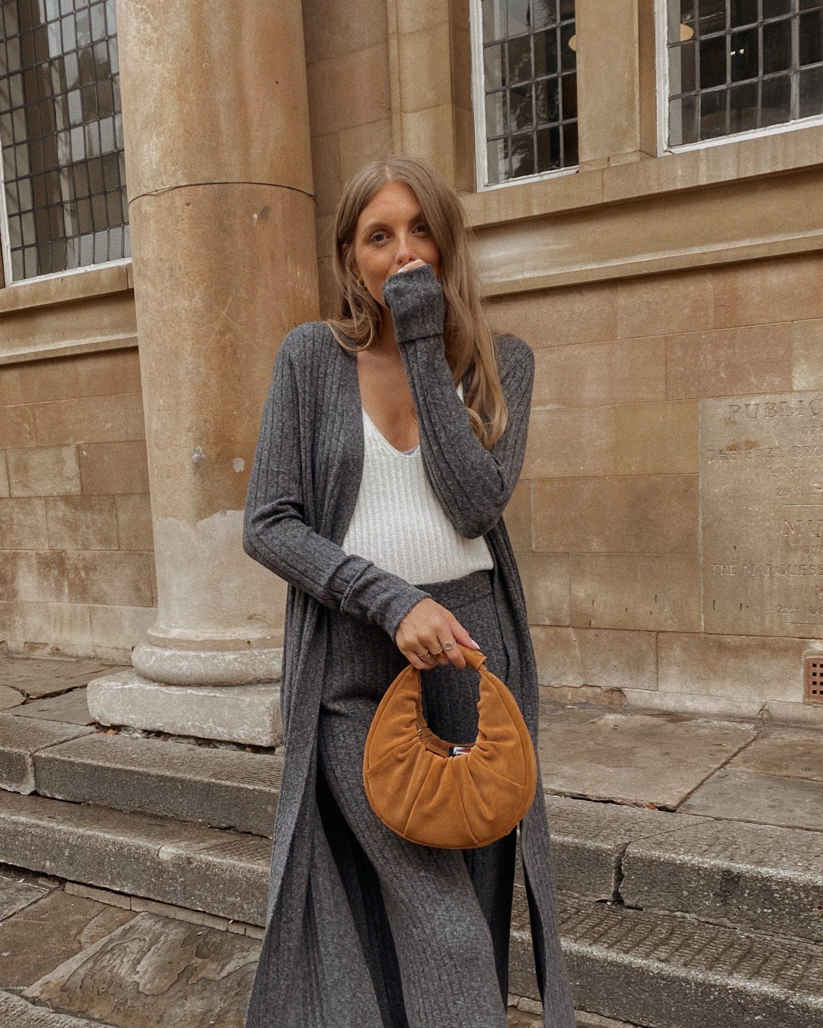 Amazon Fashion - Winter Cardigan