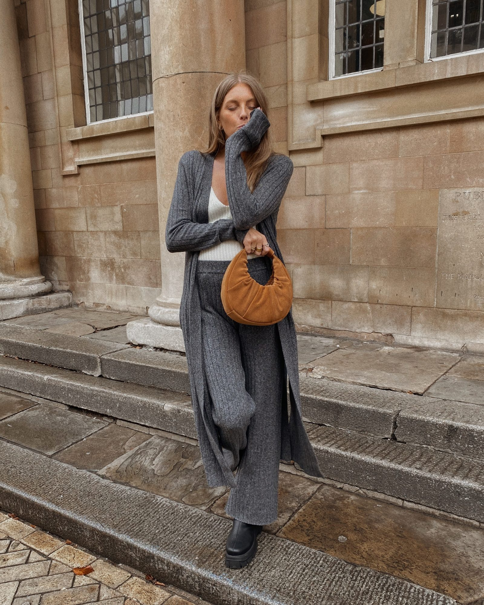 Amazon Fashion - Winter Knitted Set