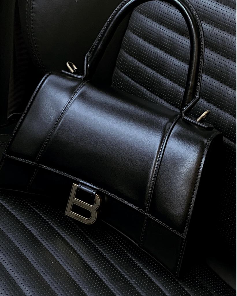 Balenciaga Hourglass Bag Review