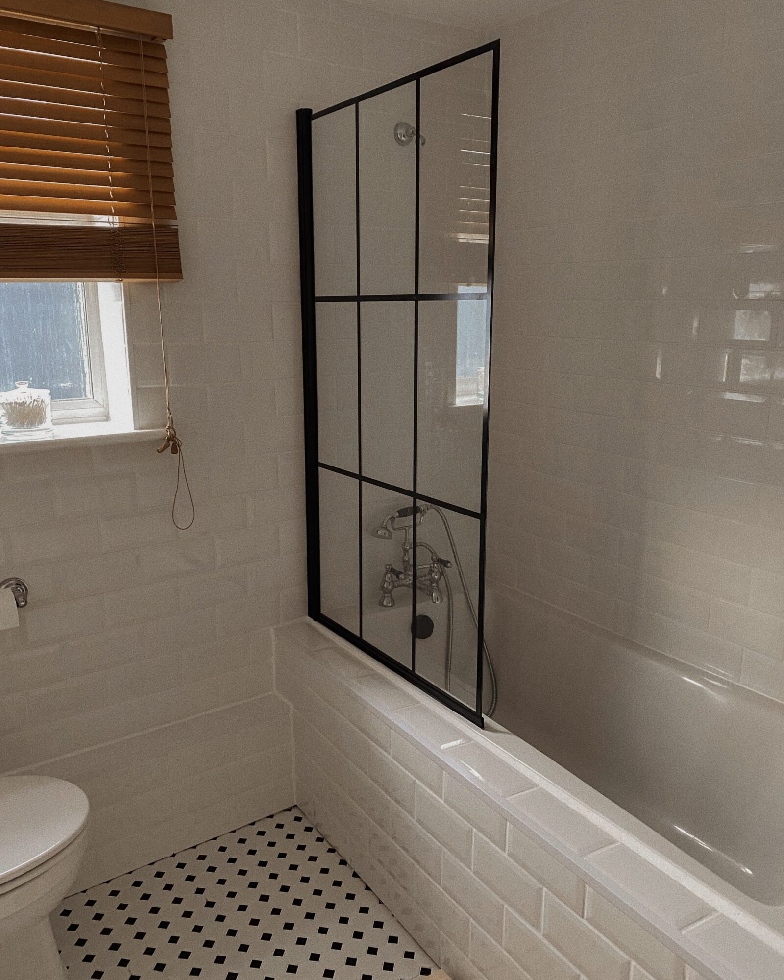 DIY Bathroom Makeover - Neutral Bathroom