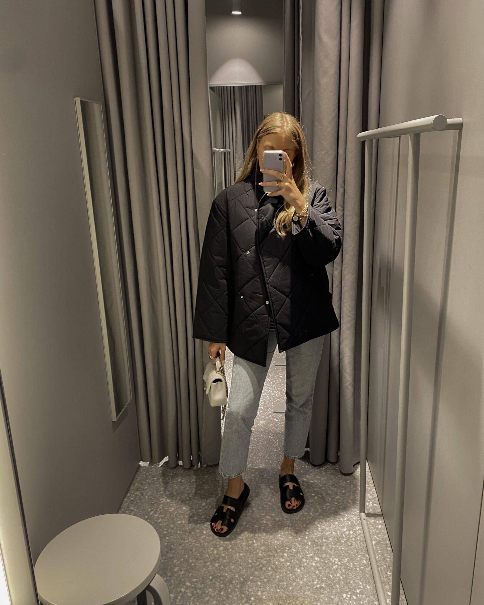 Arket Autumn Faves Black Quilted Oversized Jacket - Autumn Wardrobe Essentials